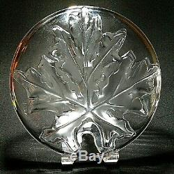 1 (One) LALIQUE MONTREAL INTAGLIO FROSTED MAPLE LEAF Dinner Plate MCM-Signed